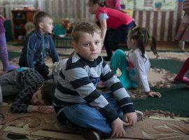 O trauma em crianças pequenas: O que poderá um/a profissional na área da educação fazer?